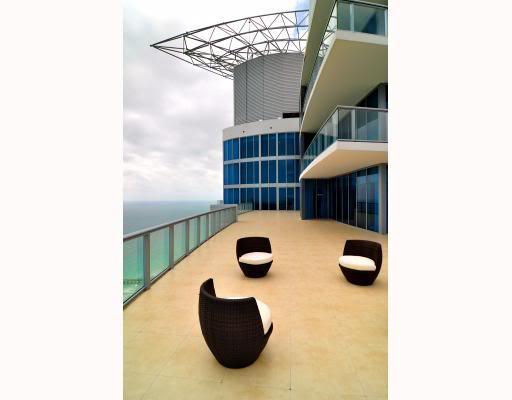 Jade Beach penthouse terrace
