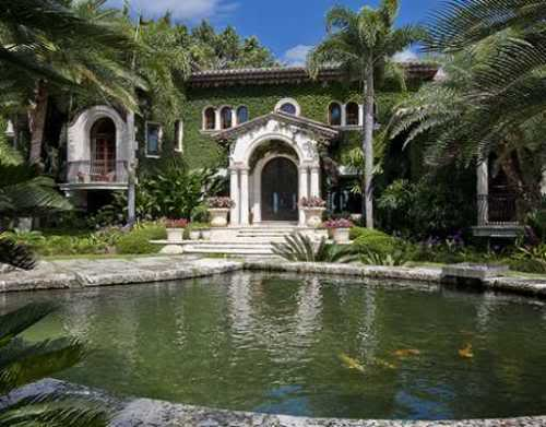 Backyard of LeBron James Coral Gables Home