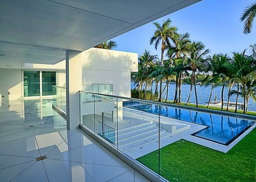 waterfront home in miami beach
