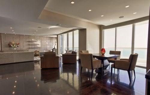 Acqualina living room