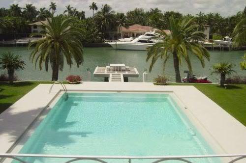 1600 W 28 St, Miami Beach, FL