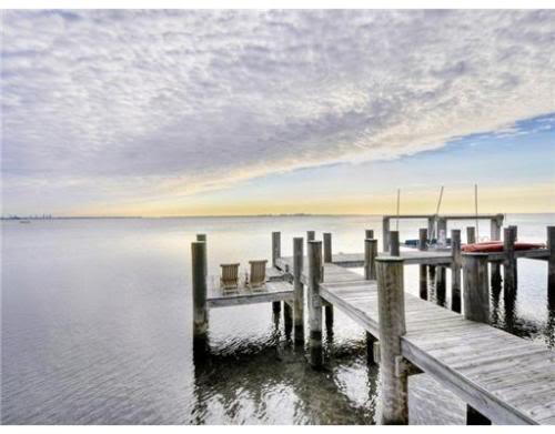 private boat dock