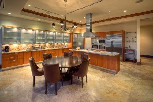 Continuum South Beach PH2 kitchen