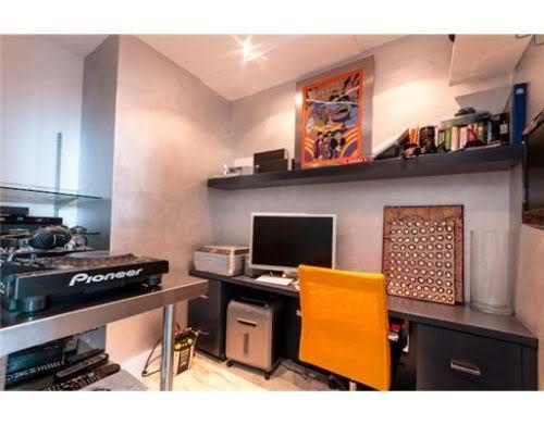 DJ room/office