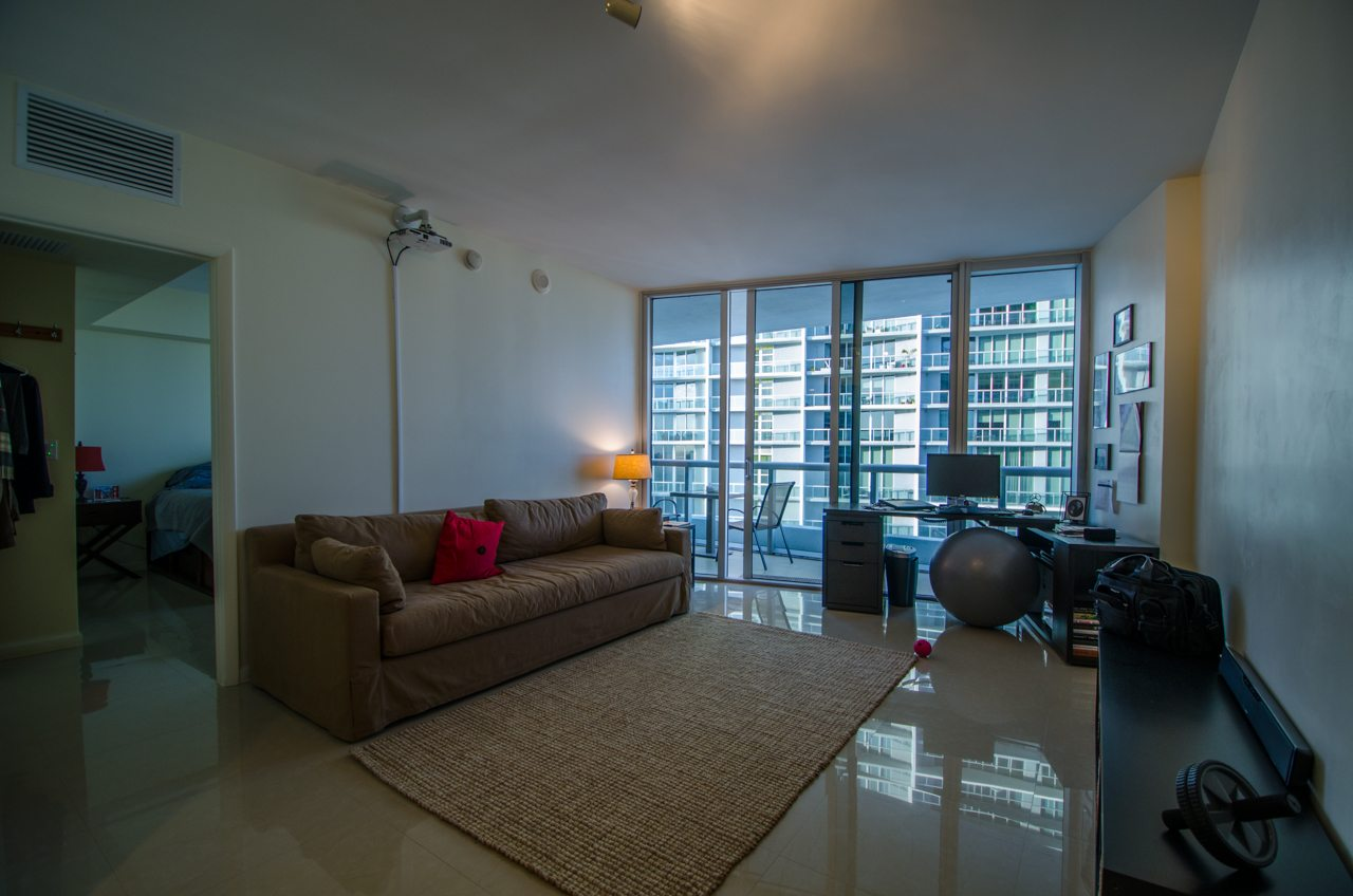 living room Icon Brickell 4206