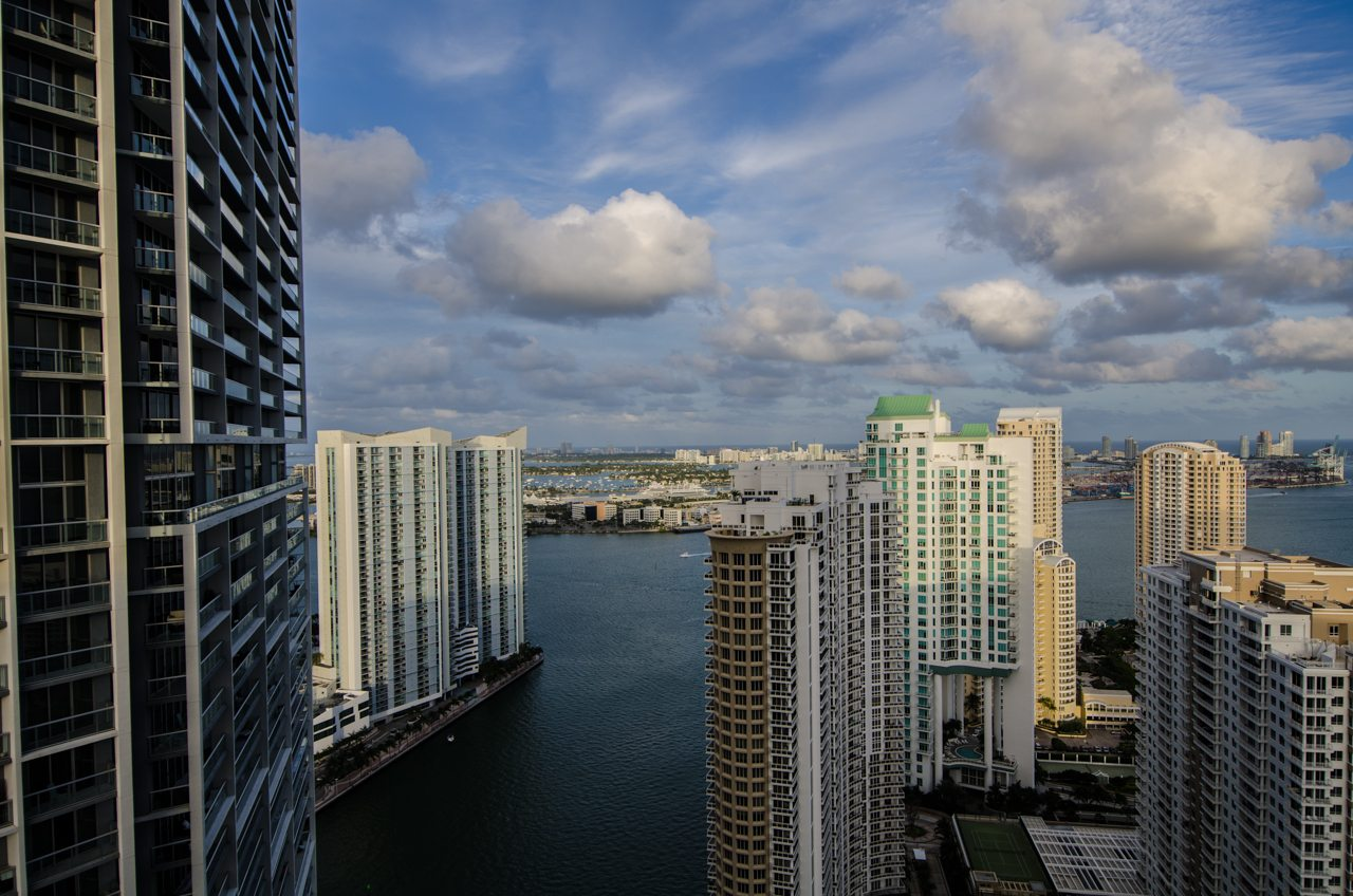 Icon Brickell 4206 view