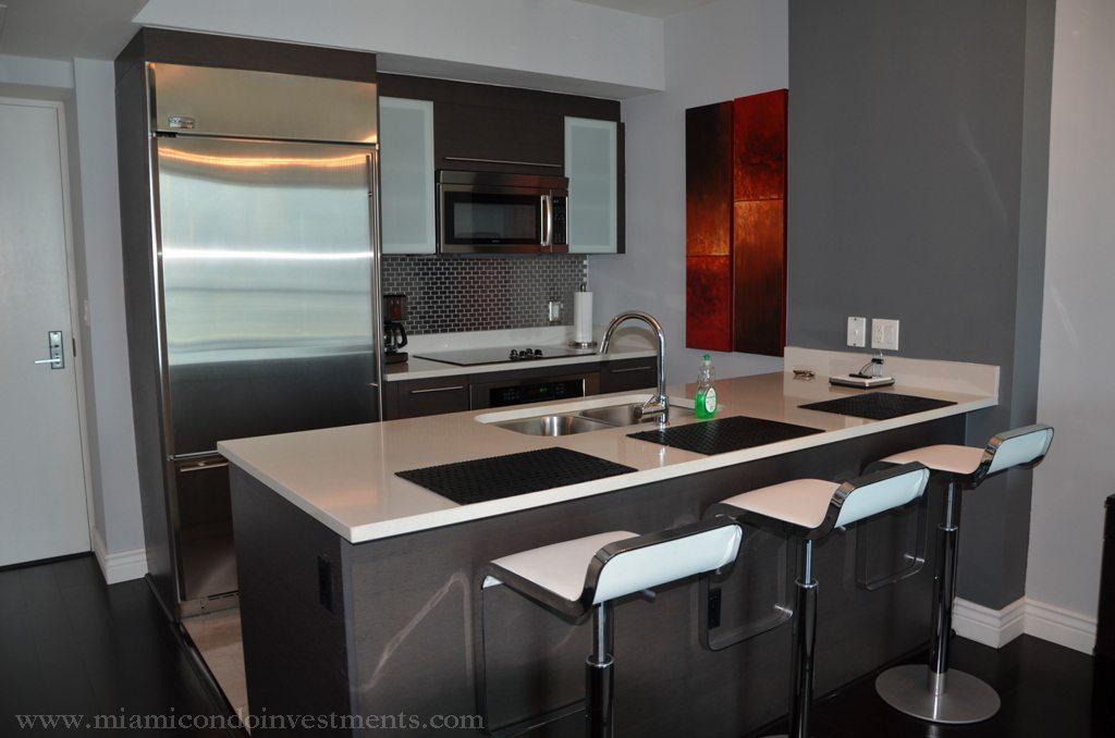 500 Brickell kitchen