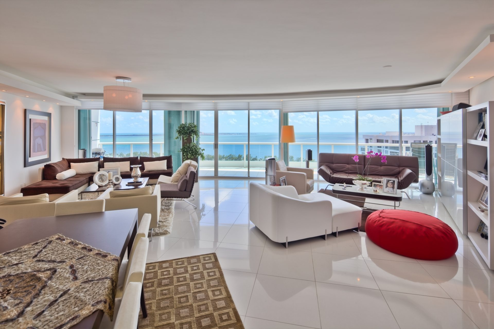 Best luxury 3 bedroom condo deal in brickell for Smdc 1 bedroom interior design