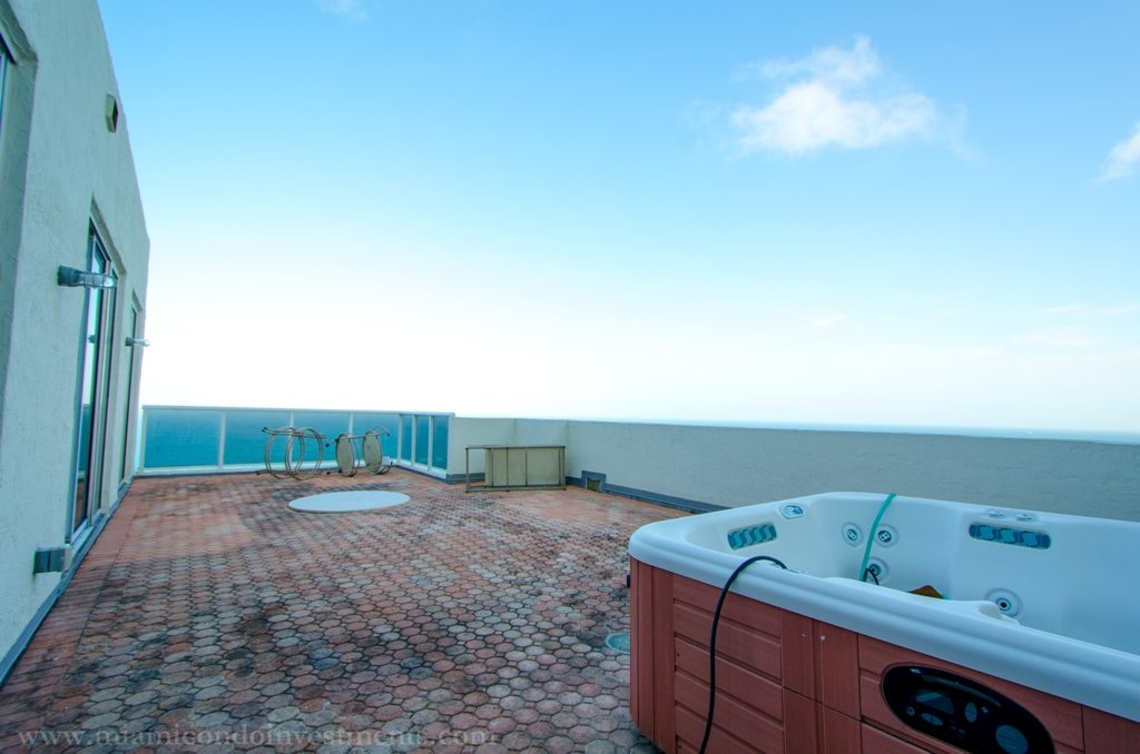 rooftop terrace with hot tub