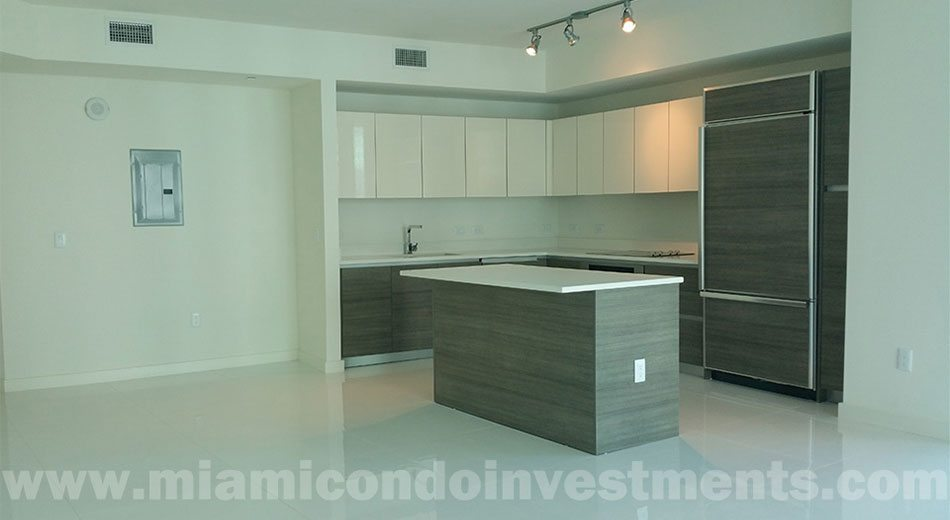 1100 Millecento condo kitchen