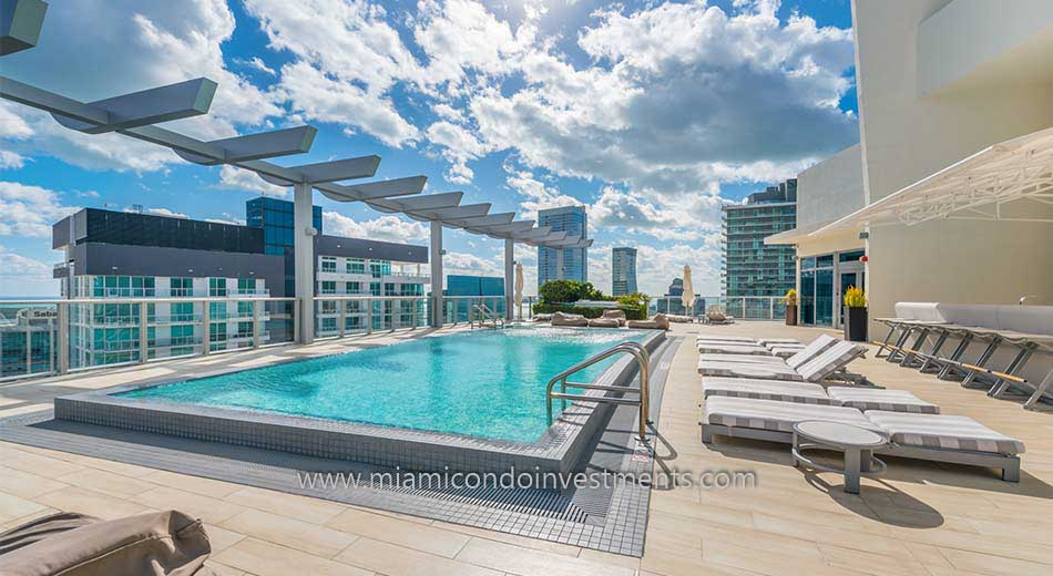 rooftop pool at 1100 Millecento