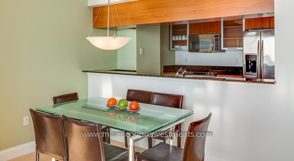 1800 Club kitchen