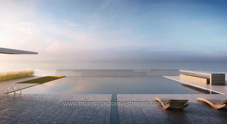 321 Ocean South Beach pool