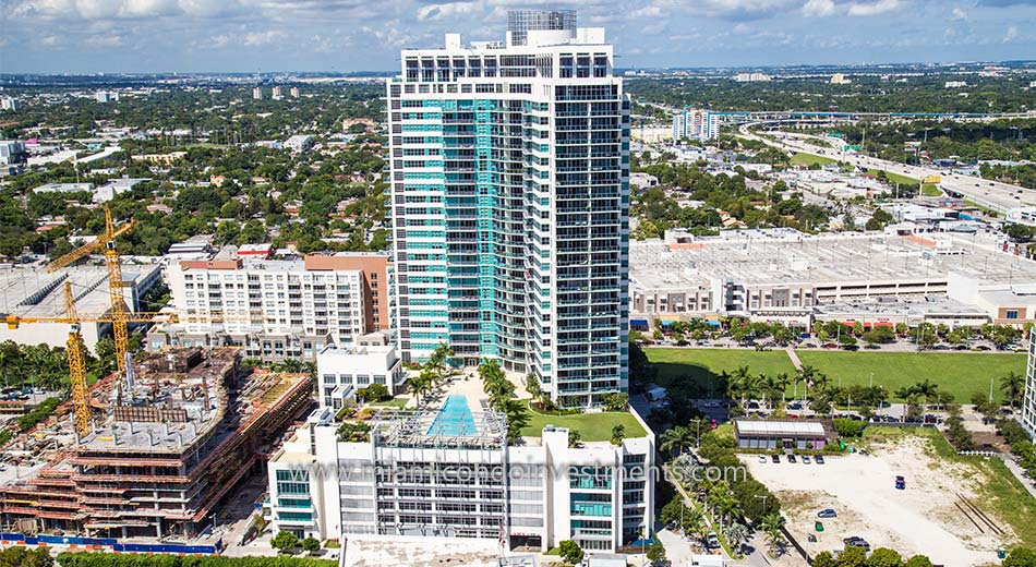 aerial view of 4 Midtown in Miami