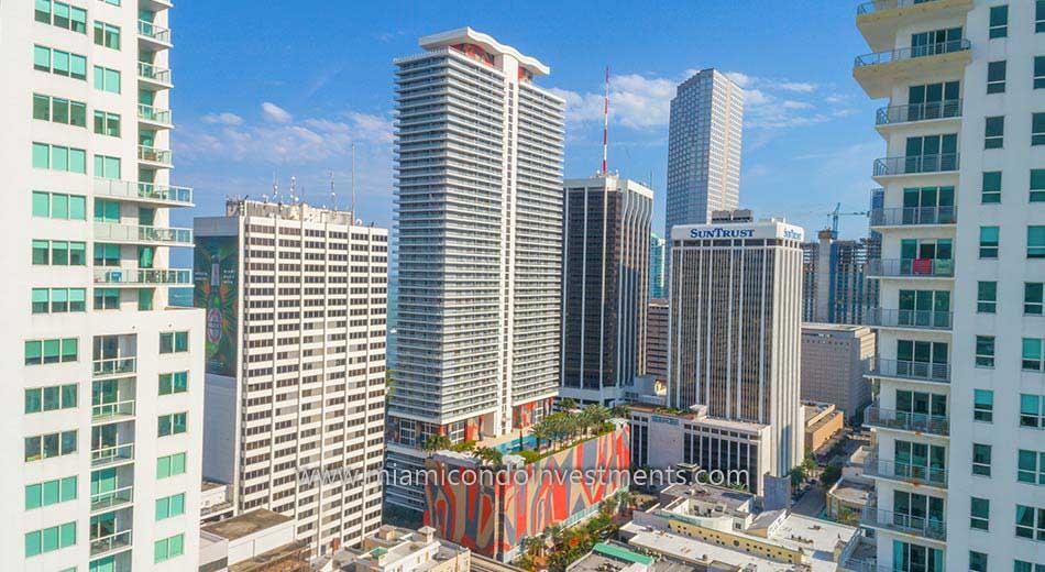 50 Biscayne condos aerial photo
