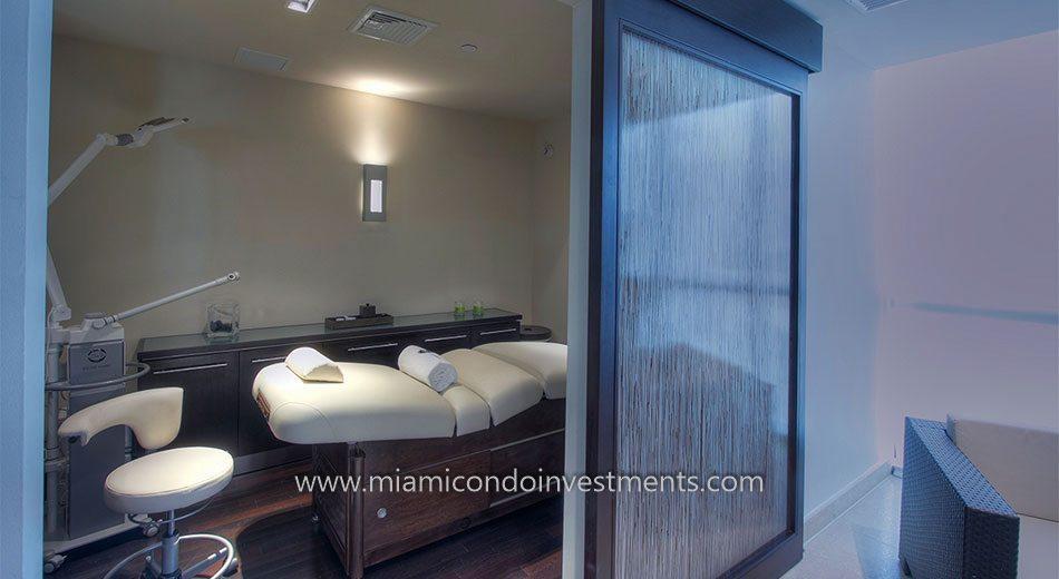 massage room at 900 Biscayne Bay