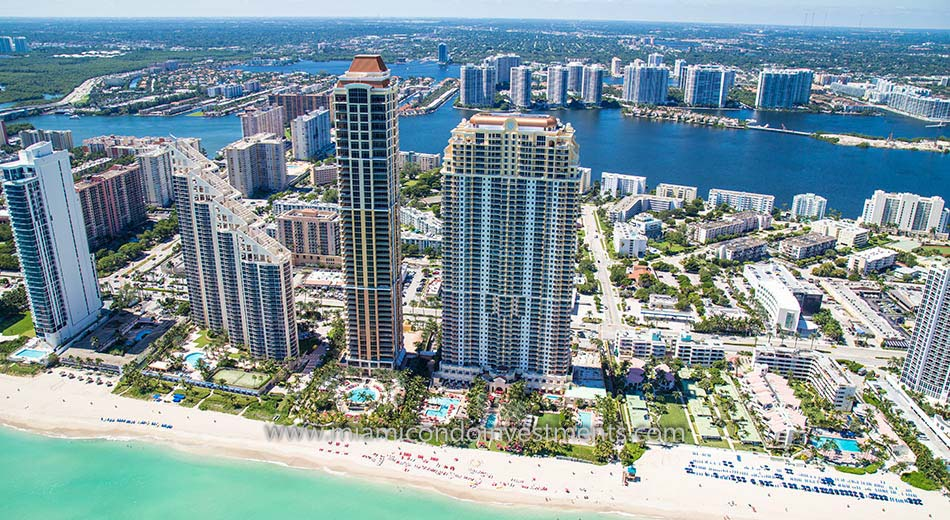 aerial photo of Acqualina in Sunny Isles Beach