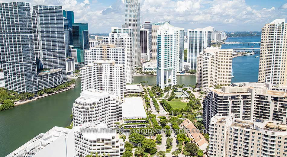 Aerial photo of Asia Brickell Key