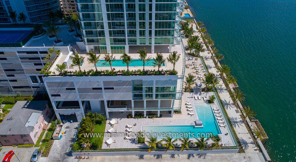 Biscayne Beach swimming pools