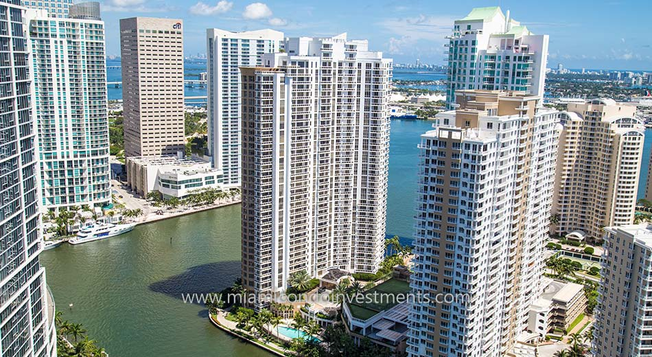 views from Carbonell Brickell Key condos