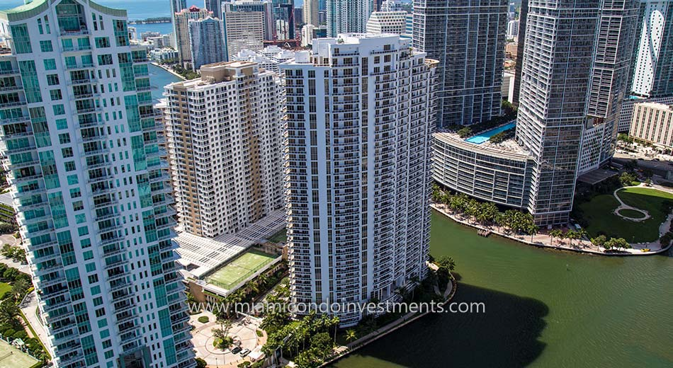 Carbonell condos in Miami Florida