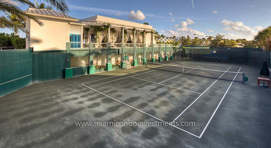 Continuum South Beach tennis courts