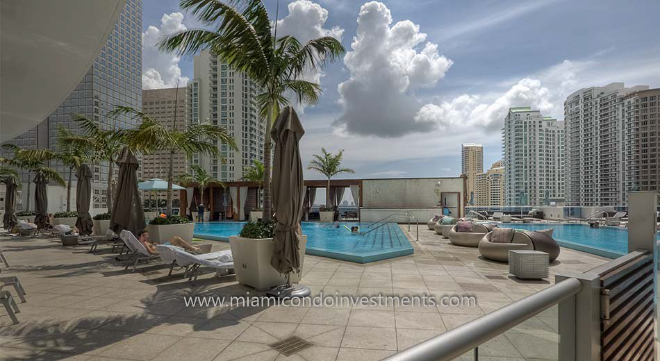 epic miami condos pool - The Epic Residences Hotel