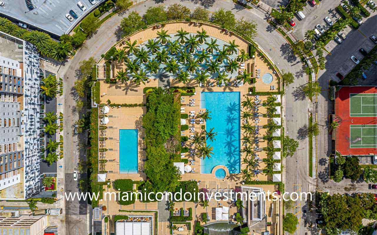 Four Seasons Residences Miami pool deck
