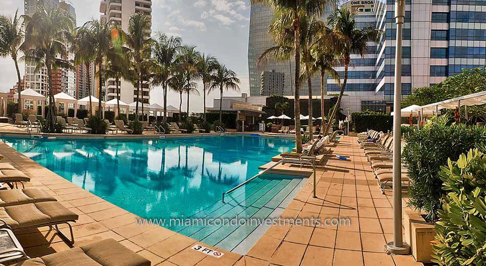 Four Seasons Residences pool