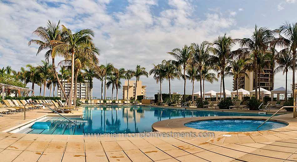 Four Seasons Residences pool 2