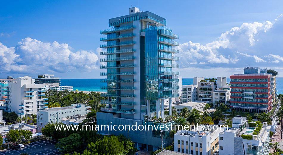 Glass condos in Miami Beach, FL