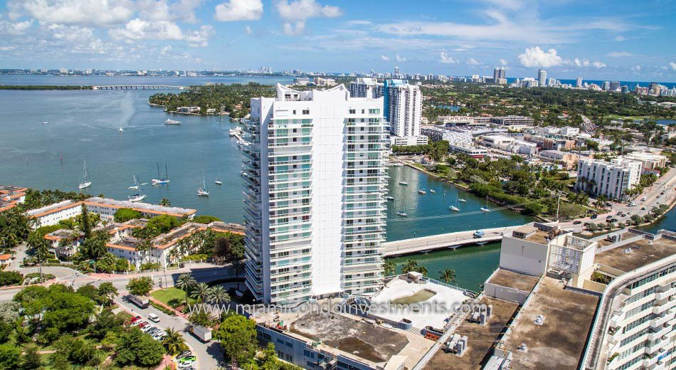 Grand Venetian waterfront condos miami beach