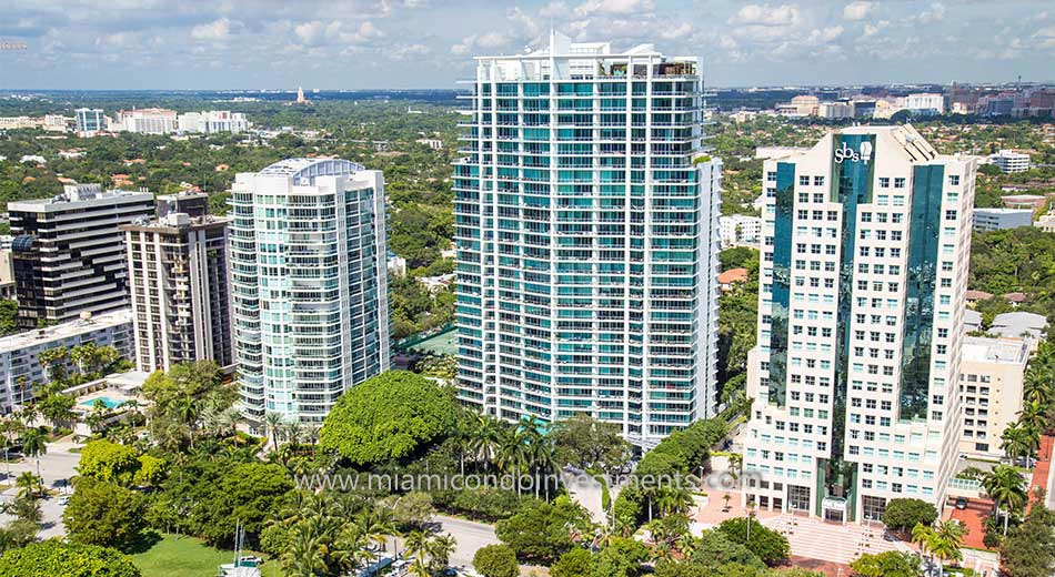 Grovenor House condos miami coconut grove