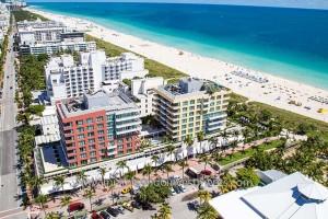 Hilton Bentley Miami Beach Condos South