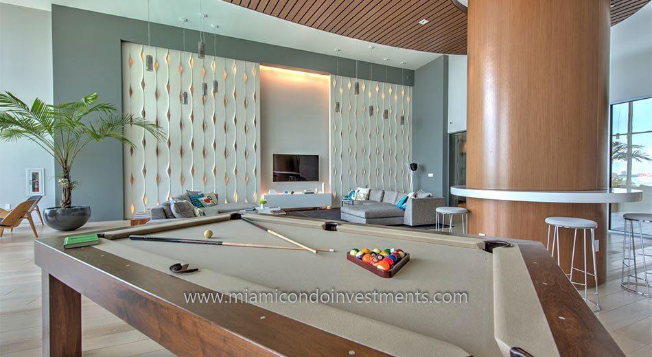 Club room at Iconbay