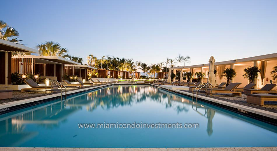 Paramount Bay miami condos pool