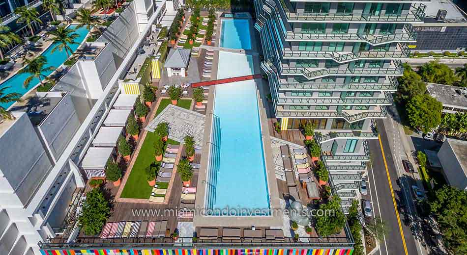 SLS Brickell condos pool and sundeck