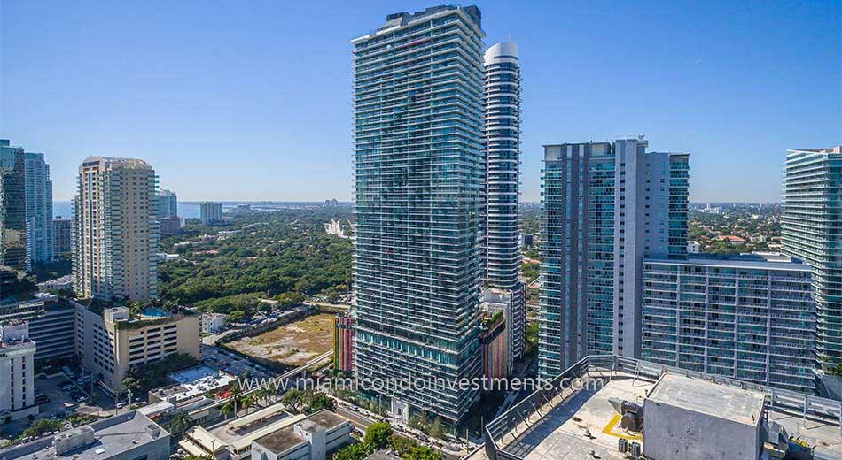SLS Brickell Miami condos