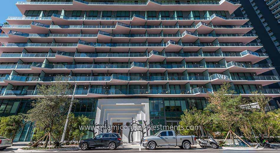 SLS Brickell Residences entrance