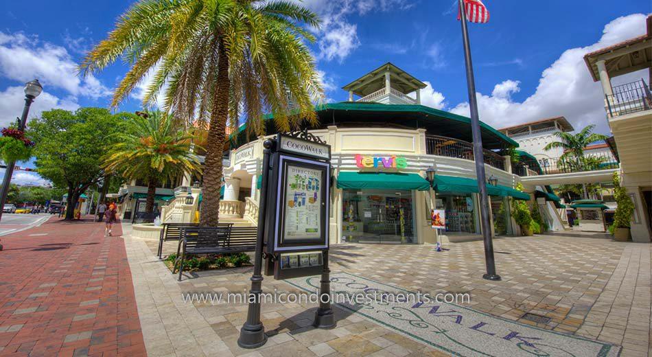 CocoWalk in Coconut Grove Florida