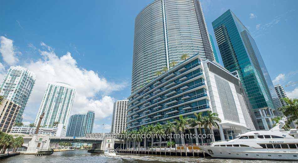Downtown Miami condos along the Miami River