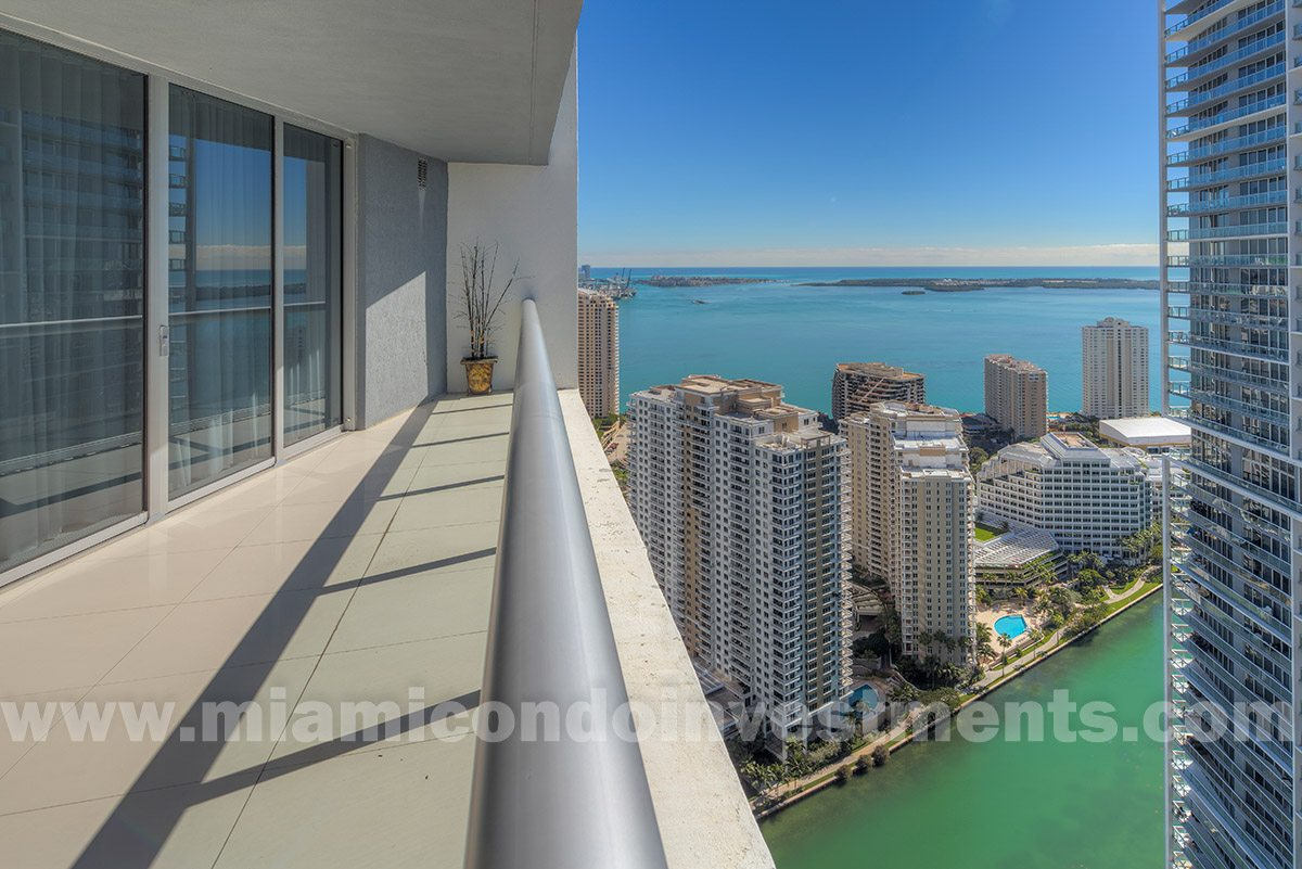 Icon Brickell Tower 1 Unit 4711 view