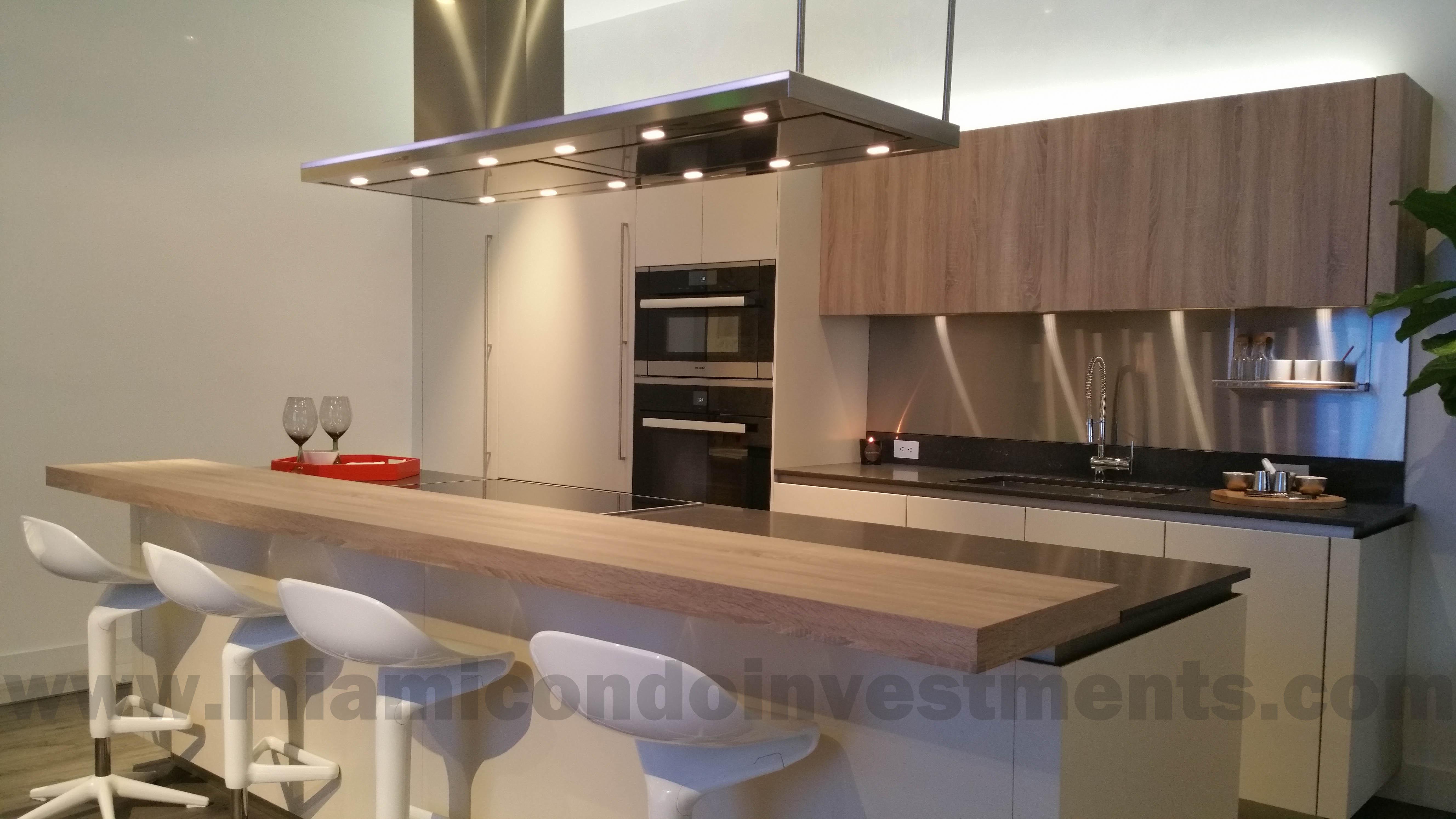 Brickell Flatiron kitchen