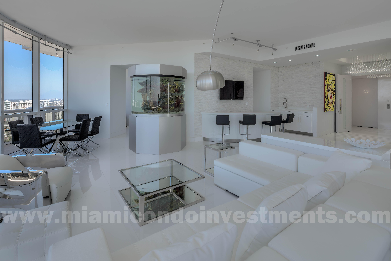 living room, bar, dining area