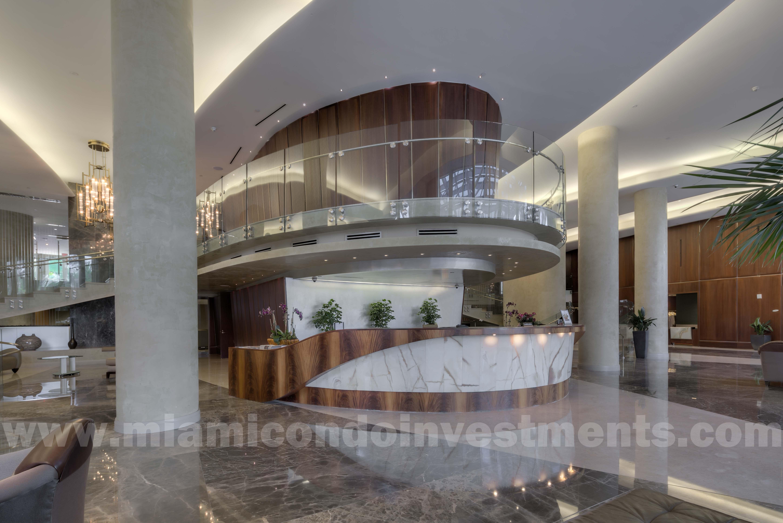 Trump Palace lobby