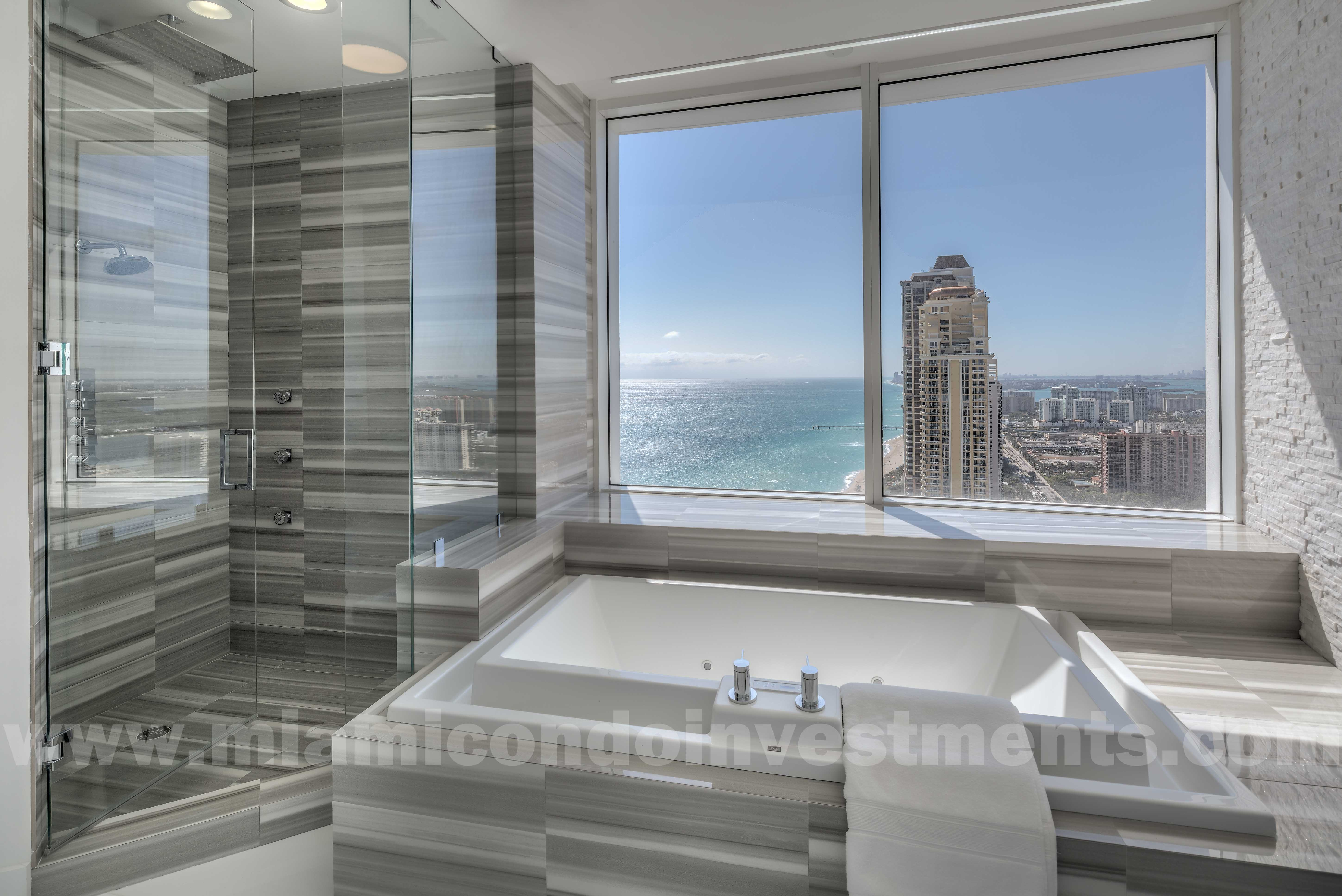 Trump Palace PH5101 master bath