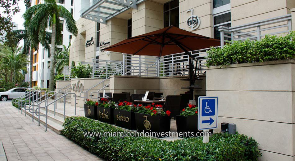 restaurants at 1060 Brickell condos