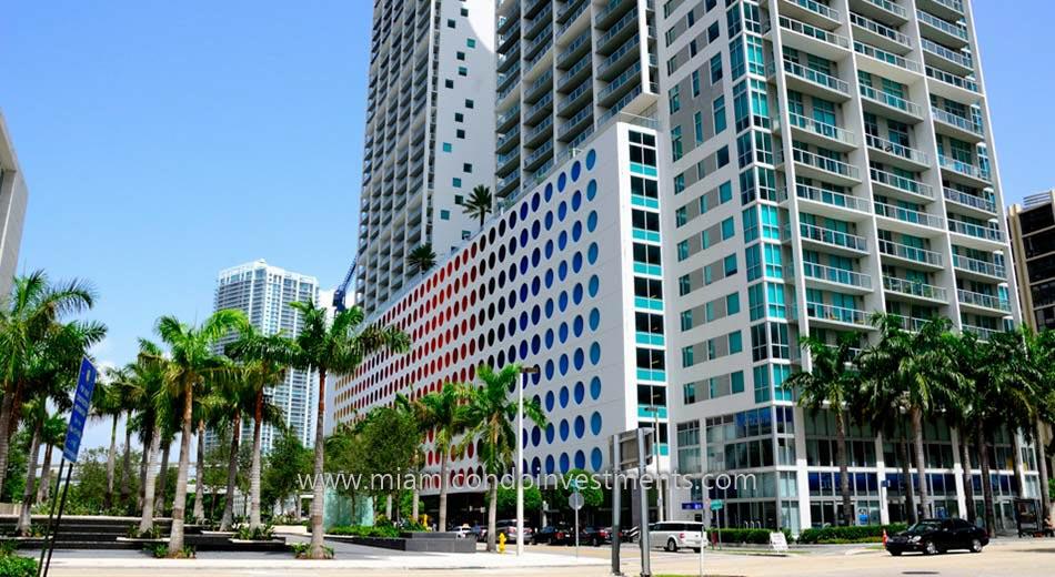 street-level view of 500 Brickell condos