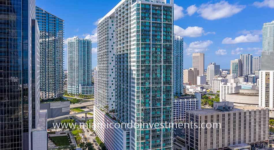 500 Brickell West condominiums