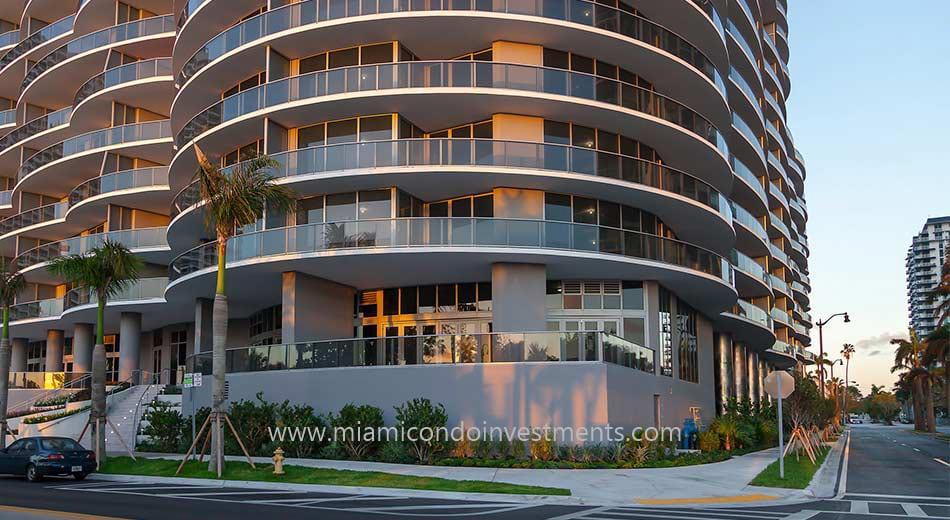 Aria on the Bay Miami condos